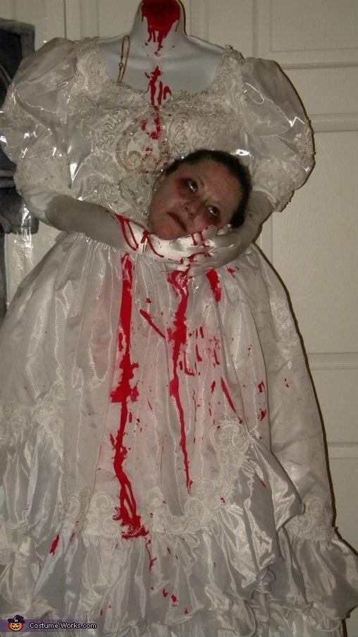 Outta my Head Costume