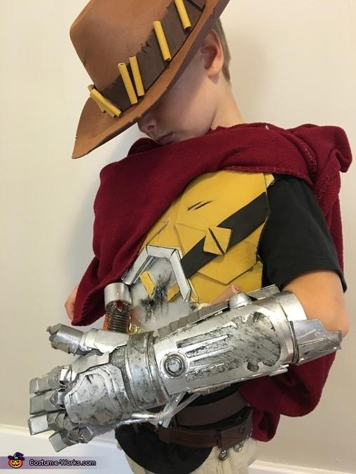 McCree's robotic arm, Overwatch McCree Costume