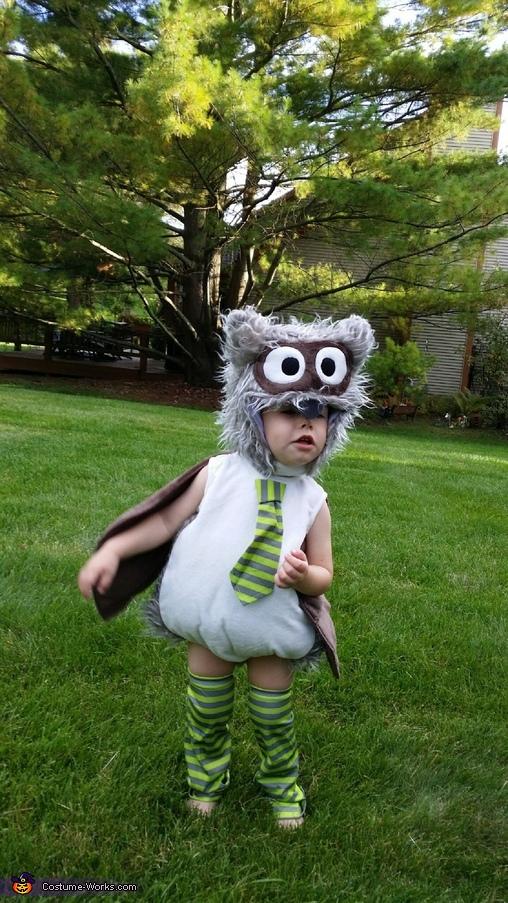 Owl in NaNa's yard, Owl Costume