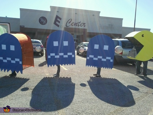 Blue side of ghosts., Pac-Man Family Costume