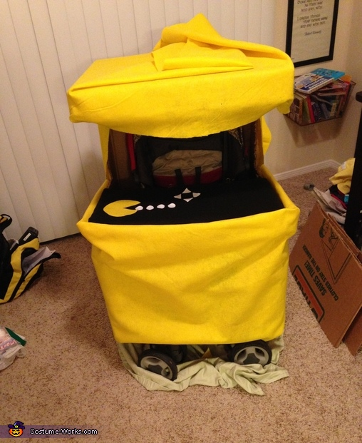 Felt added, Pac-Man Arcade with Pac-Man Costume