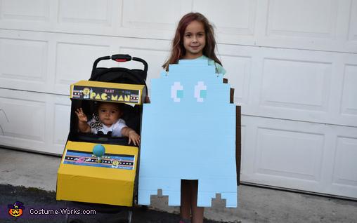Baby Pacman & ghost, Pacman Family Retro Fun Costume