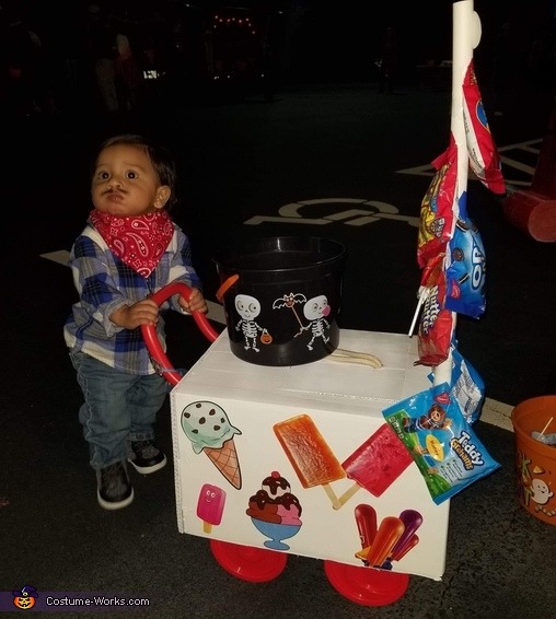 Paletero (Ice Cream Vendor) Costume