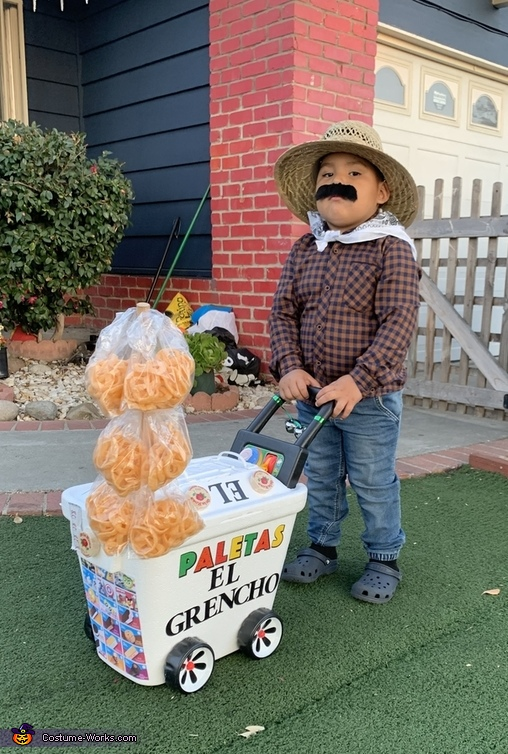 Paletero Man Costume