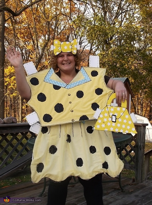 Hamming it up, DIY Paper Doll Costume