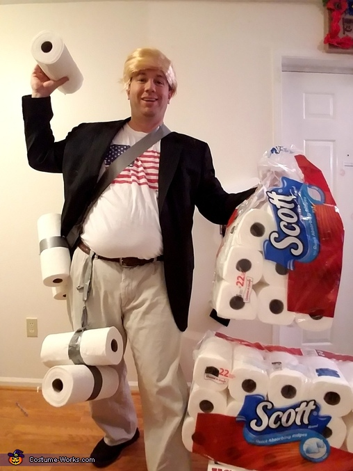 Paper Towel Throwing Donald Trump Costume