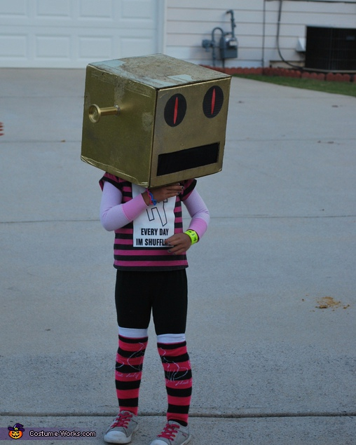 LMFAO Robot Bella. Party Rockers - Homemade costumes for kids