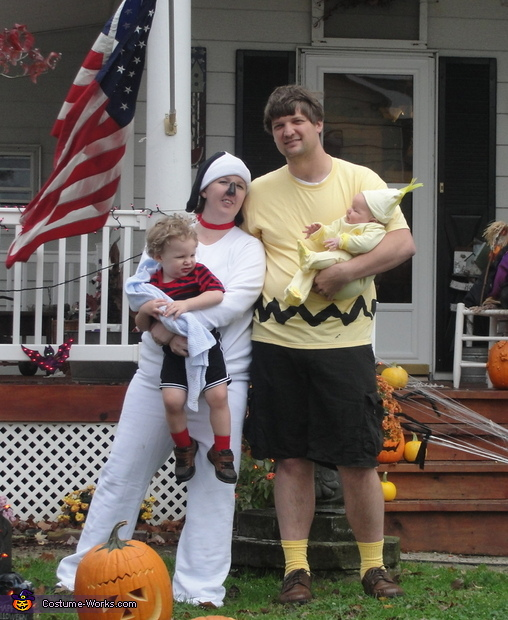 Charlie Brown Family Costume