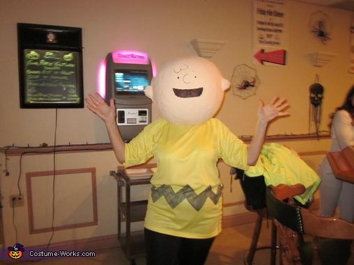Charlie Brown, Peanuts Characters Costume