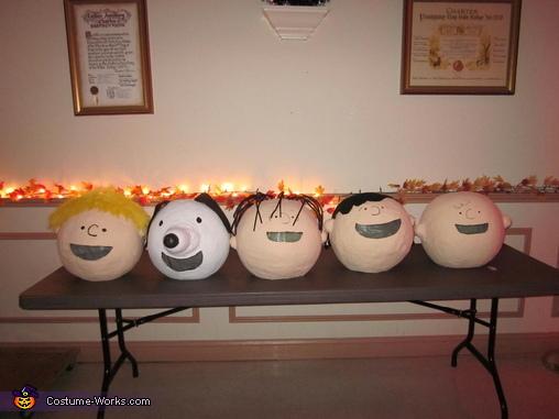 Peanut 'Heads', Peanuts Characters Costume