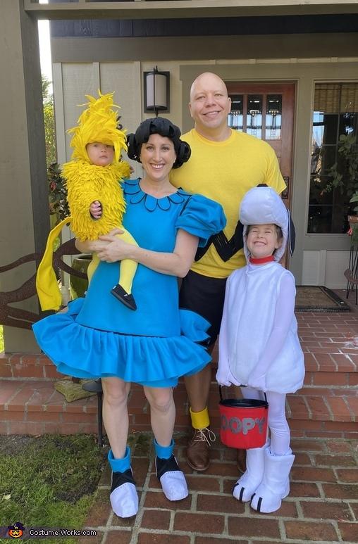 Peanuts Crew Costume