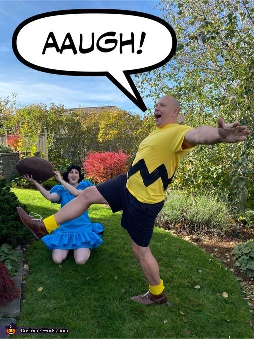 Football, Peanuts Crew Costume