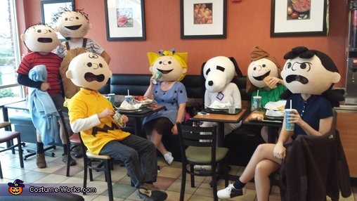 peanuts gang group costume