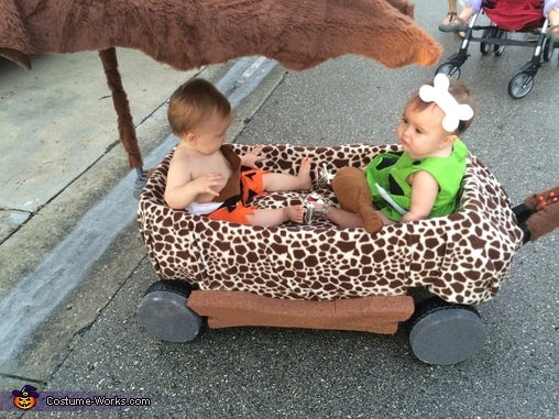 Pebbles and bam bam 1st halloween Pebbles Costume  sc 1 st  Costume Works & Pebbles Baby Halloween Costume Idea - Photo 6/6