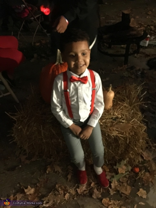 That signature pose of Pee Wee., Pee Wee Herman Costume