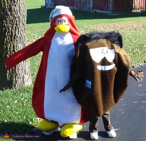 Penguin & Puffle - Homemade costumes for kids