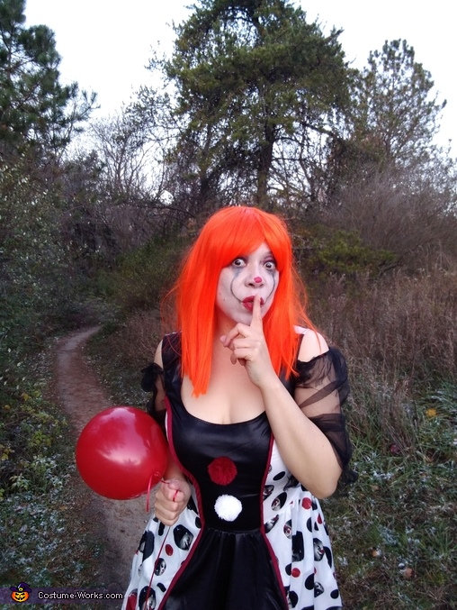 The Twisted Lady Clown Silences All In Her Path., Pennywise & his Twisted Girlfriend Costume