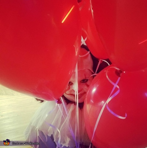 Pennywise loves her balloons, Pennywise Costume