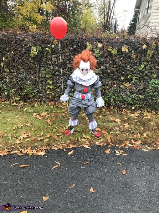 Hi a Georgie, Pennywise and Georgie Costume