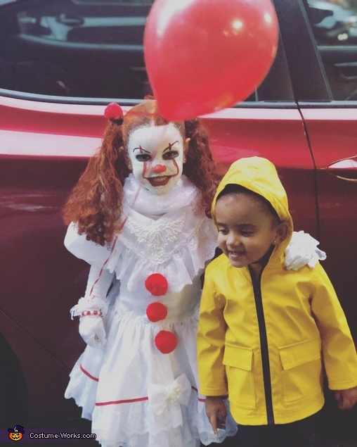 Stephen Kings IT, Pennywise and Georgie Costume