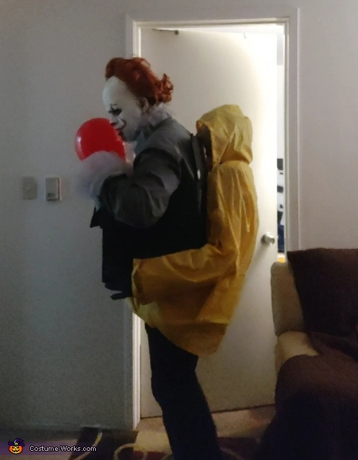 Redhead Shapeshifters, Pennywise Illusion Jackbox Costume