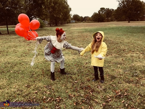 Can't get away!, Pennywise & Georgie Costume