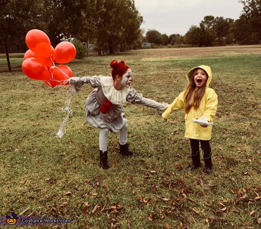 Trapped forever!, Pennywise & Georgie Costume