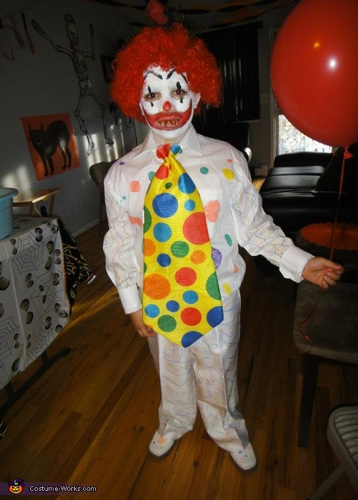 Pennywise the Clown Costume & Pennywise the Clown Homemade Halloween Costume