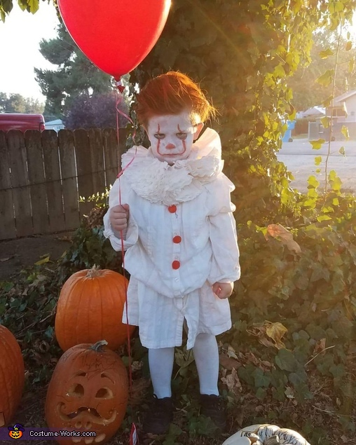 Pennywise the Clown Version 2017 Costume