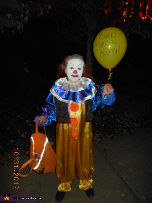 Pennywise the Clown...pic 2, Pennywise the Clown from IT Costume