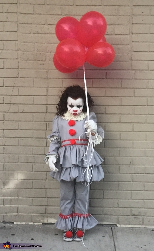 Pennywise the Clown from IT Movie 2017 Costume