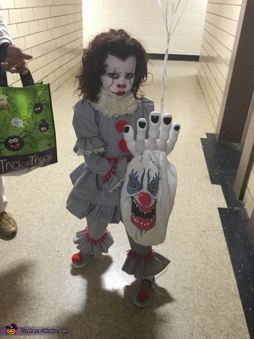 Trick or Treat, Pennywise the Clown from IT Movie 2017 Costume