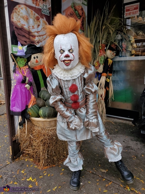 Pennywise the Dancing Clown, Pennywise the Dancing Clown Costume