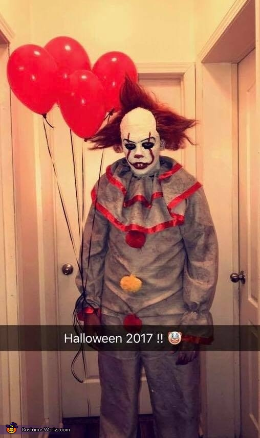 Pennywise the Dancing Clown IT Costume