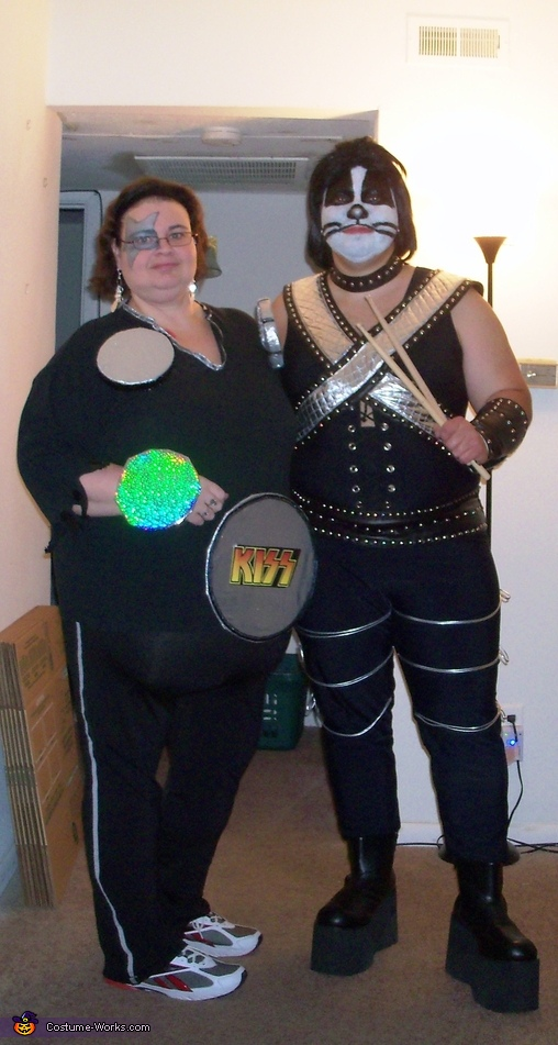 Peter Criss and his Drumset Costume