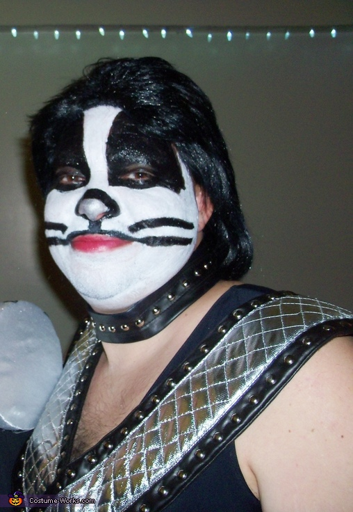 Peter Criss face closeup, Peter Criss and his Drumset Costume