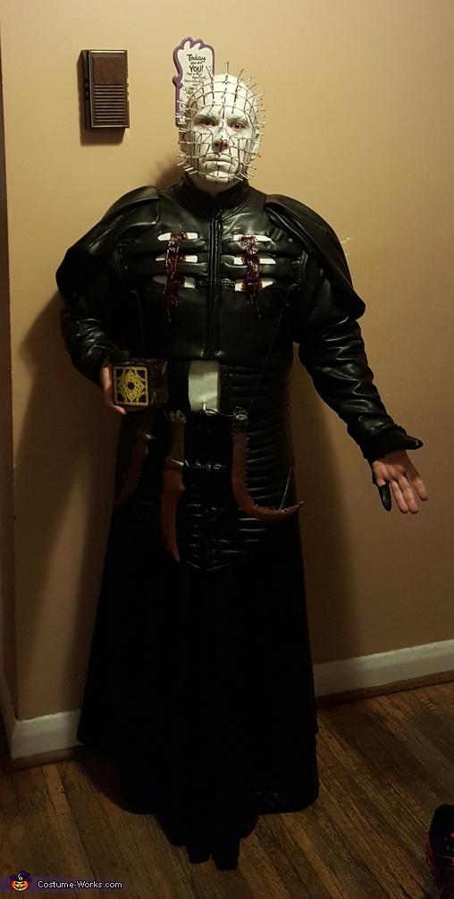 Hellraiser Pinhead front, Pinhead from Hellraiser Costume