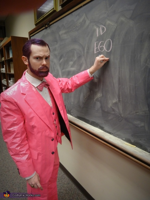 Pink Freud lecturing, Pink Freud Costume