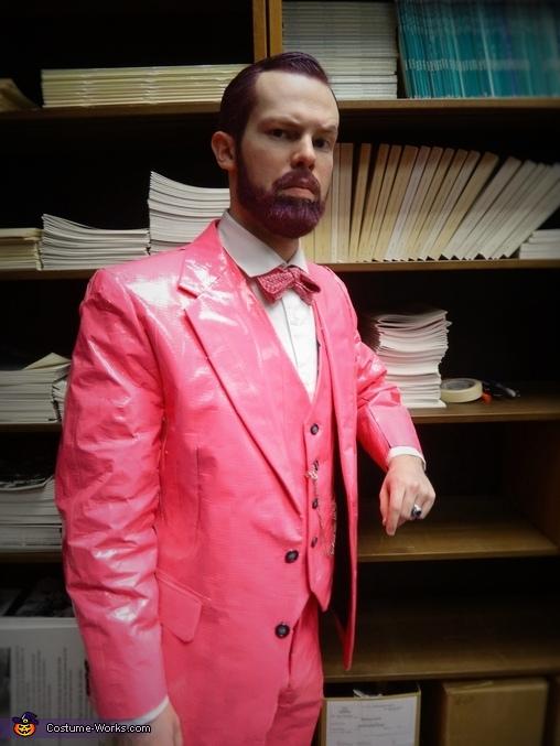 Pink Freud, Pink Freud Costume