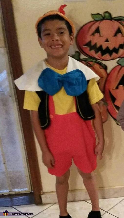 cfe362657ae DIY Pinocchio Costume