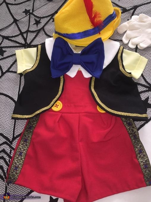 Costume details, Pinocchio Costume