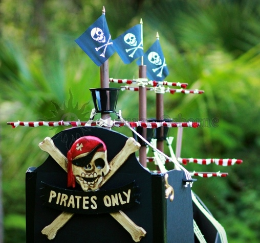 Homemade, custom built Jolly Roger Wagon Pirate Ship., Jolly Roger Wagon Pirate Ship Costume