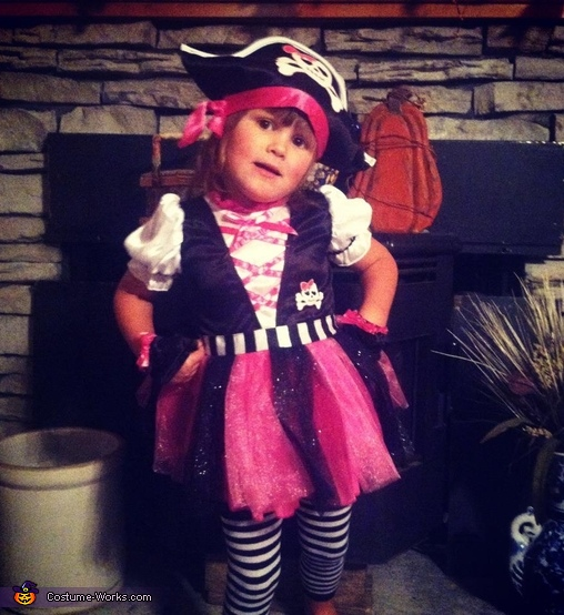 Pirate - Homemade costumes for girls