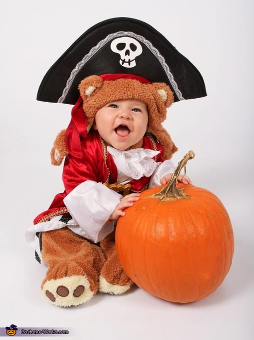 The little bear pirate, Pirate Bear Family Costume