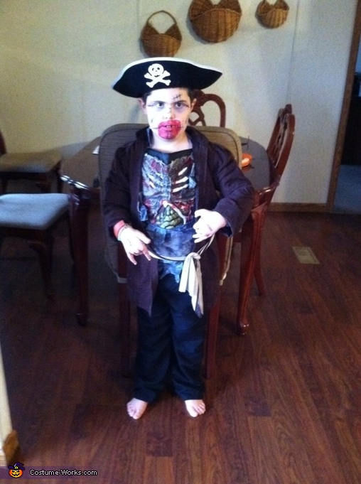 Pirate Zombie, Pirate Zombie Costume
