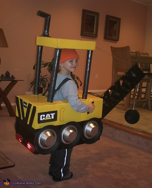 Wrecking Ball Machine - Homemade costumes for boys