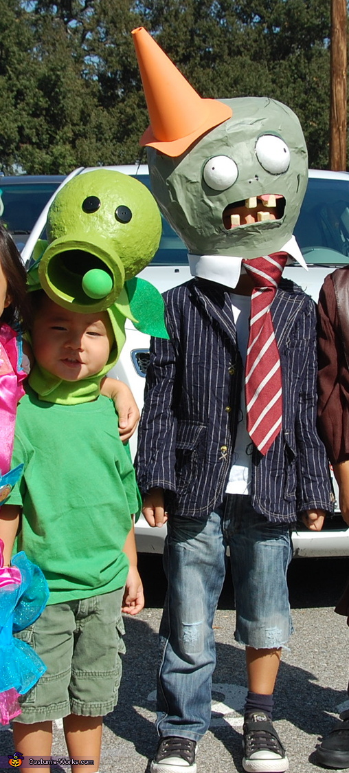 Front view of Cone head Zombie and Pea Shooter, Plants vs. Zombies Costumes