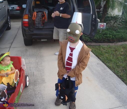 Buckethead zombie, Plants vs. Zombies Costumes