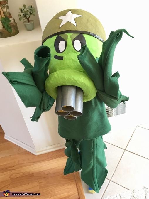 plants vs zombies gatling peashooter costume