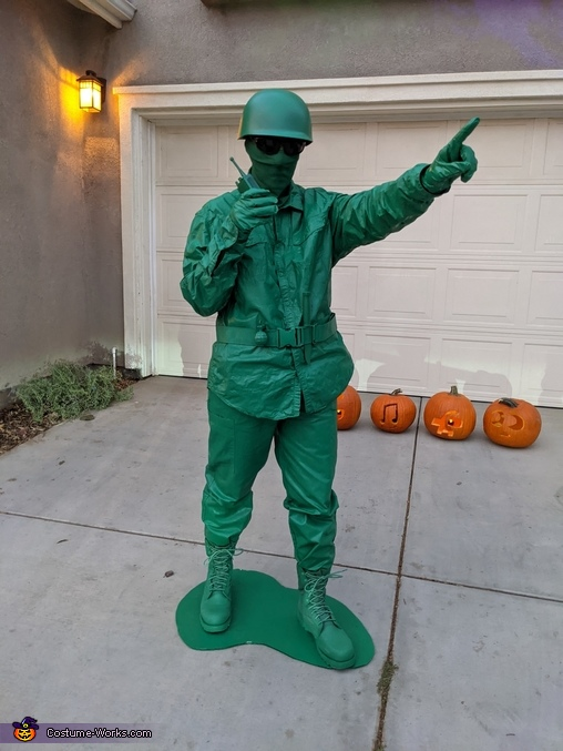 Plastic Army Man with walkie talkie, Plastic Green Army Men Costume
